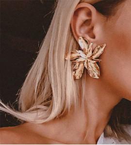Letti virág bizsu fülbevaló