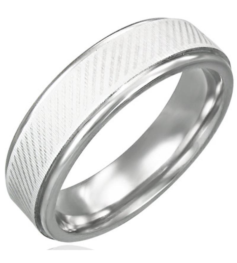 Átlósan csíkozott, ezüst színű nemesacél gyűrű