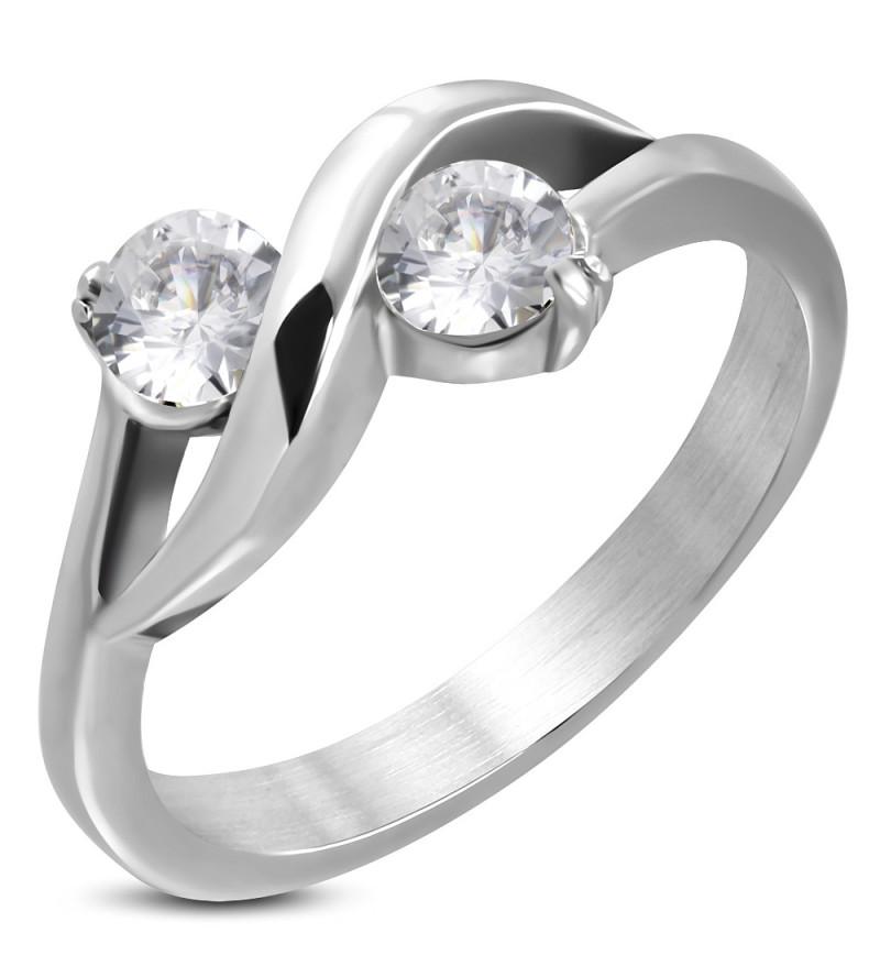 Ezüst színű  nemesacél gyűrű cirkóna kristállyal