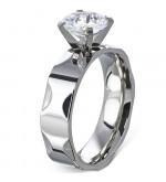 Ezüst színű nemesacél gyűrű, cirkónia kristállyal