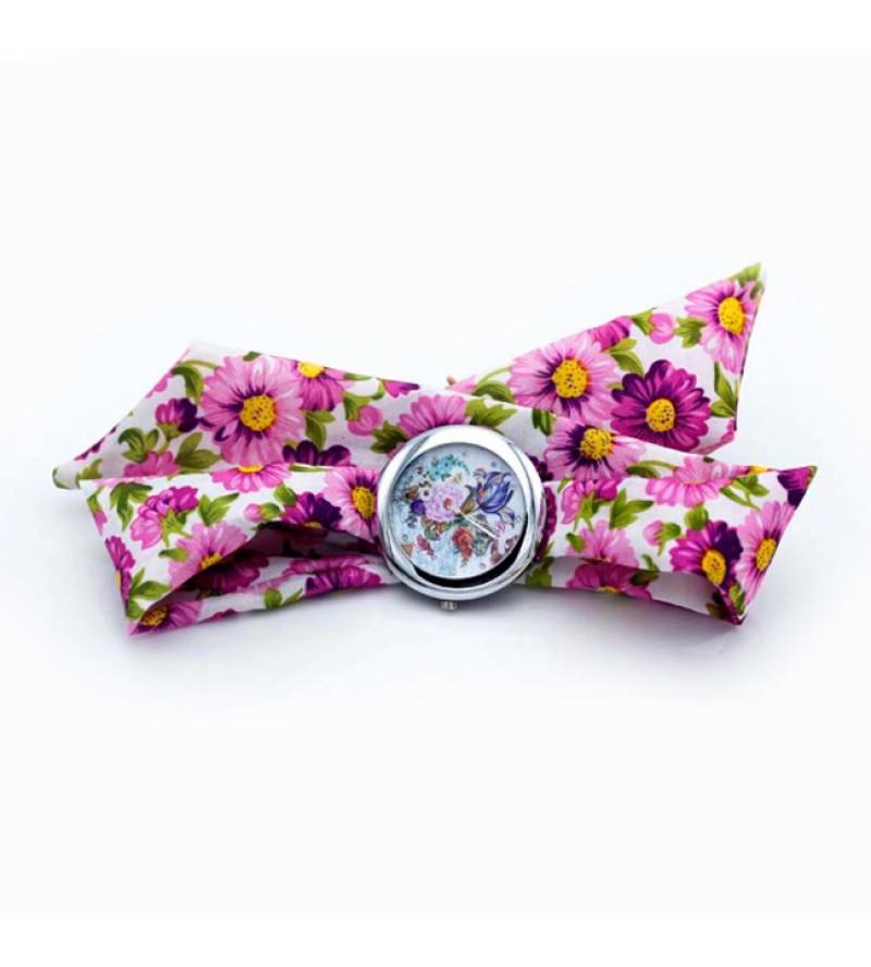 Divatos, nyárias karóra fehér-rózsaszín, virágos szövet szíjjal - nagyméretű számlappal