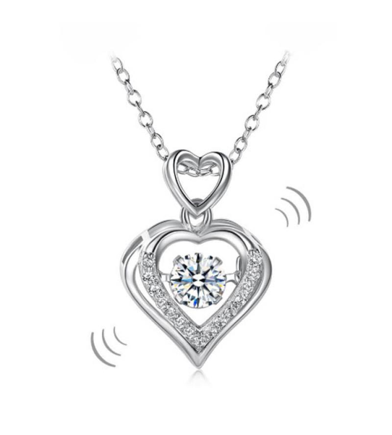Ezüst nyaklánc, szív alakú táncoló szintetikus gyémánt medállal - 925 ezüst ékszer