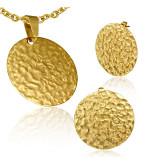 Arany színű, kör alakú nemesacél medál és fülbevaló szett