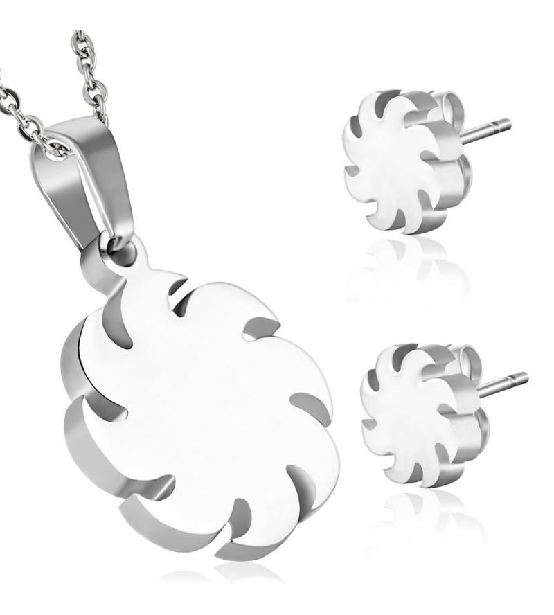 Ezüst színű nemesacél szett, fűrészlap alakú medállal és fülbevalóval